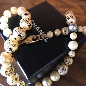 Auth VTG CHANEL 'Coco Chanel' Pearls (Stamped)